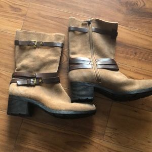 Women's suede/ leather boots